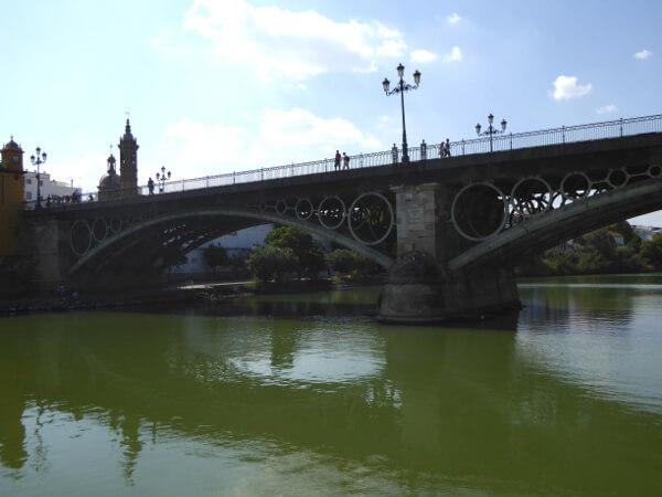 puente triana sevilla