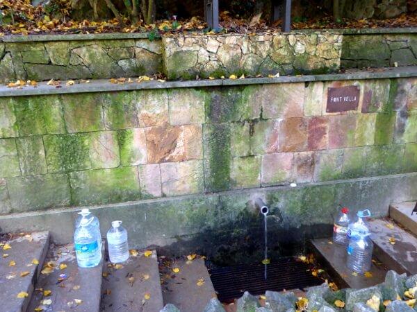Font Vella Quelle Wasser Sant Hilari Sacalm