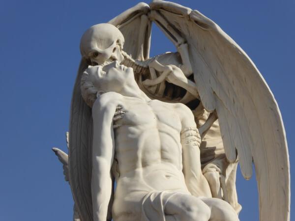 Friedhof Barcelona poblenou Beso de la muerte