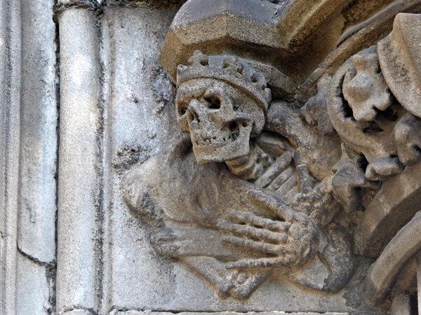 Friedhof Montjuïc Barcelona Totenkopf