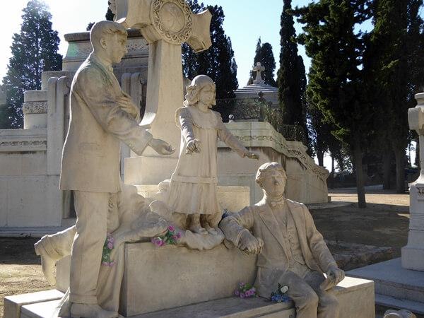 Friedhof Montjuïc Kinder familie maucci