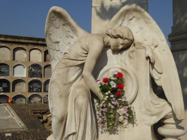 Friedhof poblenou Barcelona Engel Grab