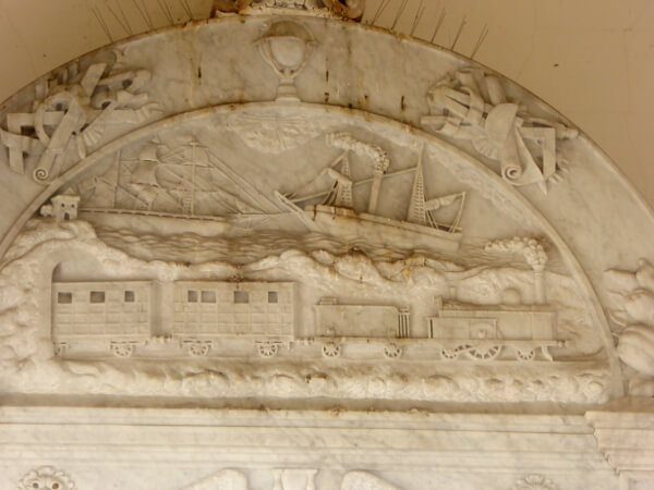 Friedhof poblenou Barcelona bahn und schiffe