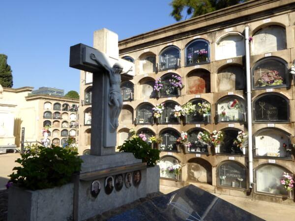 Friedhof poblenou Barcelona graeber
