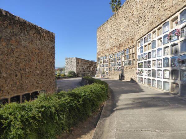 cemenitri montjuïc barcelona Friedhof Nischen