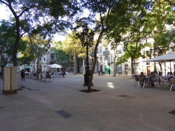 plaça d osca Barcelona Sants