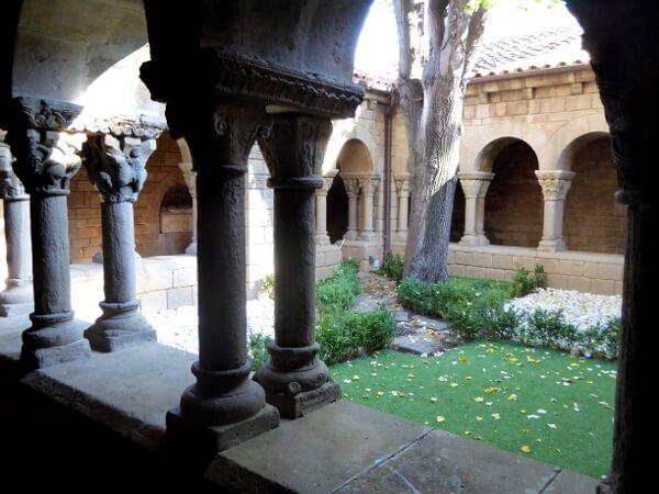 poble espanyol barcelona kreuzgang kloster