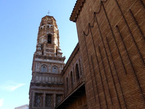 poble espanyol barcelona maurischer Kirchturm