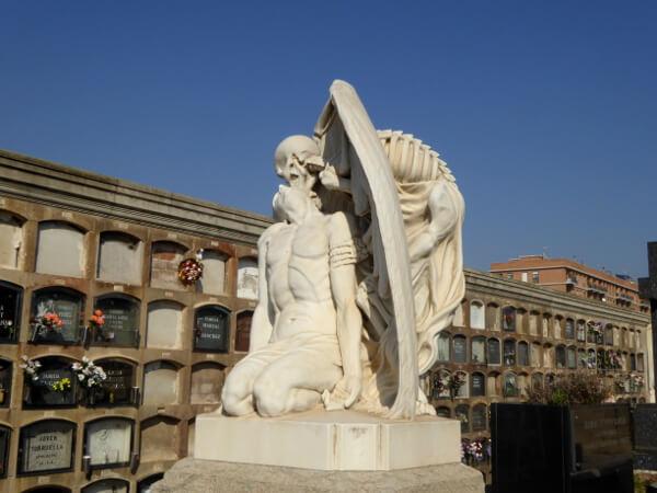 todeskuss Friedhof Poblenou Barcelona