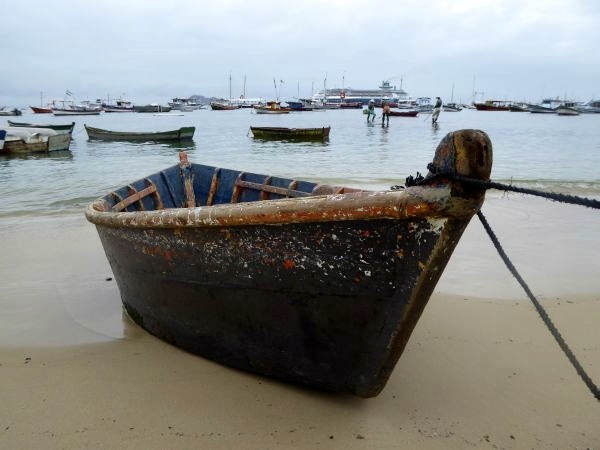 buzios boote tres pescadores hintergrund