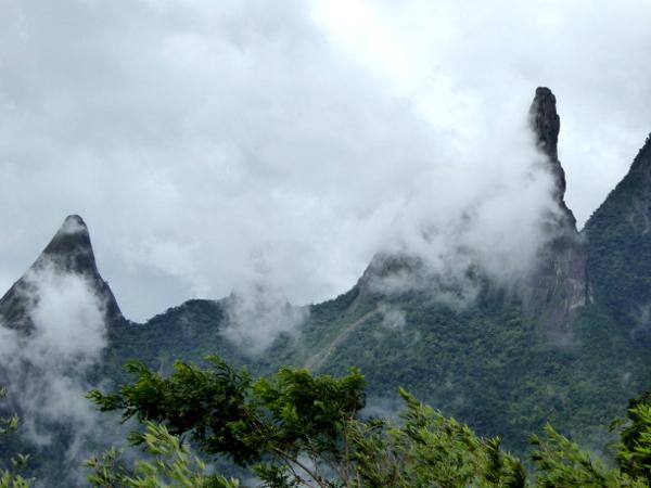 Dedo de Deus Parque Serra dos Orgaos Teresopolis Brasilien