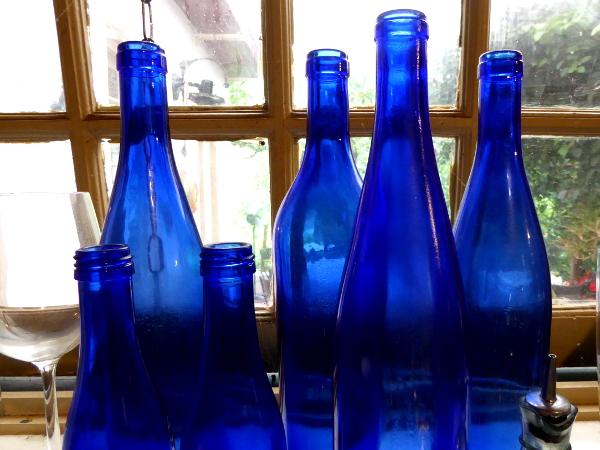 Pousada da Alcobaça blaue Flaschen