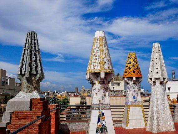 dach mosaik schornsteine palau guell barcelona