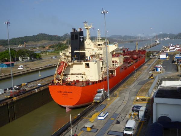 Panama Kanal Containerschiff Schleuse Panama City