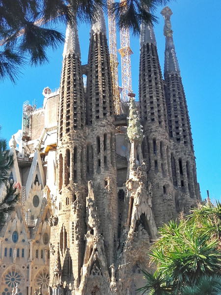 Sagrada Familia Reiseführer vergleich Barcelona