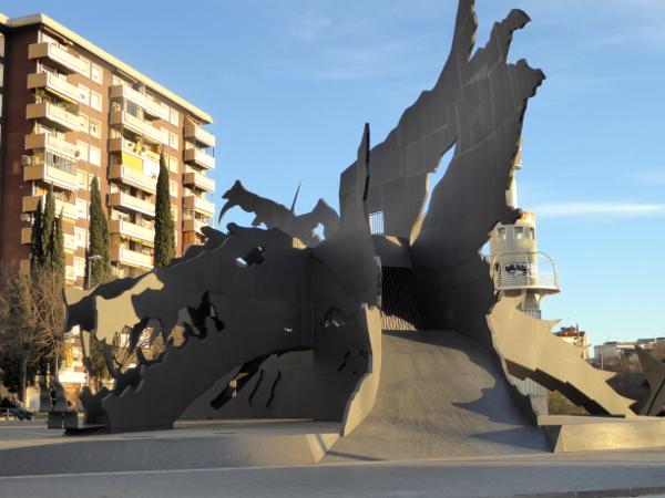 Sants Barcelona Drache