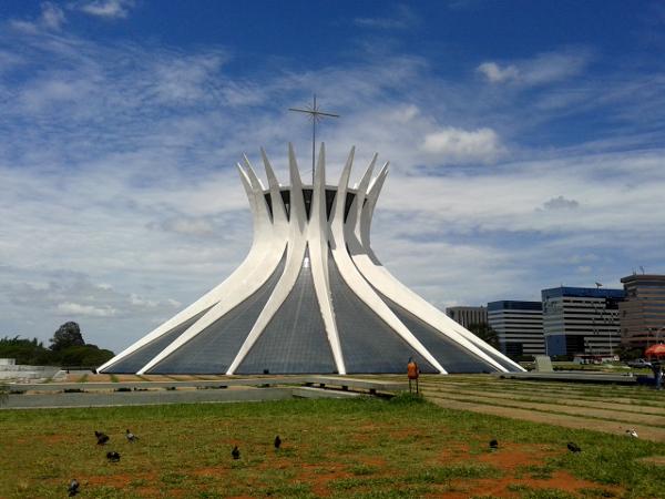 Kathedrale-Catedral-Metropolitana-Nossa-Senhora-Aparecida
