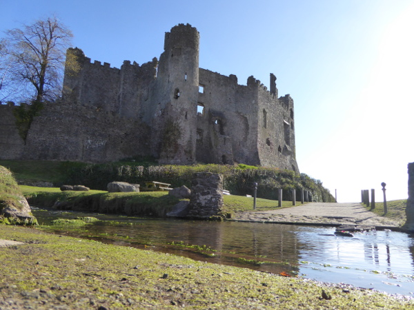 Laugharne Castle Burg WAles