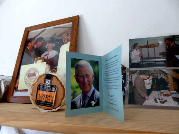 hoher Besuch Prinz Charles Caerffili Wales Käse
