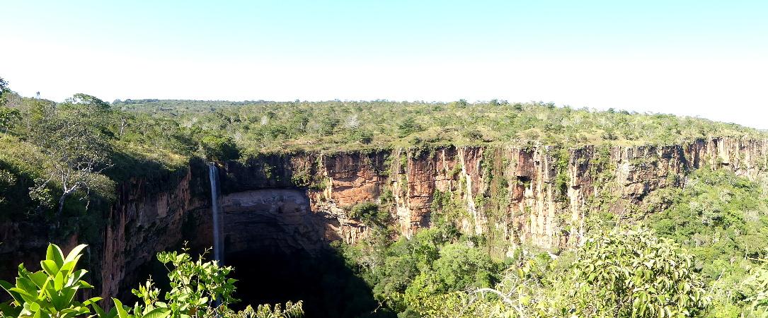 panorama cachoeira do veu de noiva parque nacional de chapada dos guimaraes