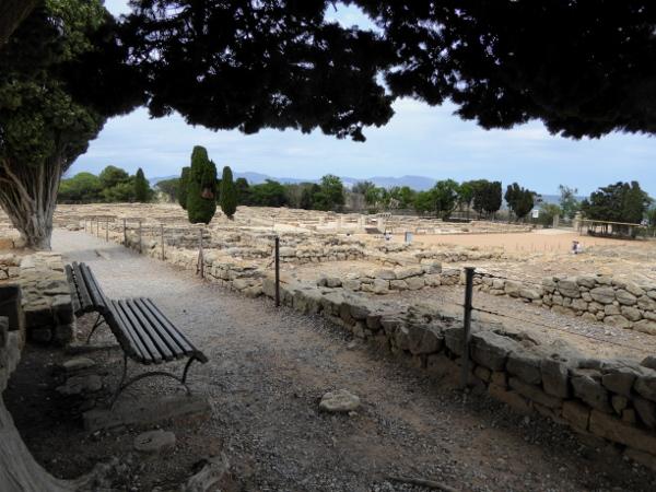 bank Ruines d empuries Costa brava