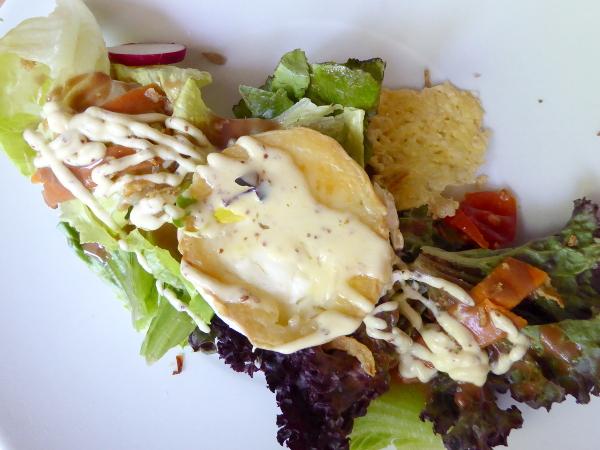 Portbou Cafe Freibeuter Reisen salat