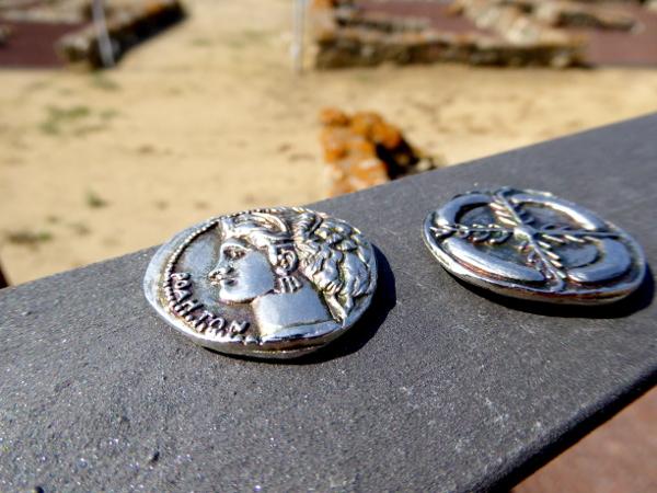 Roses ciutadella Freibeuter Reisen griechische münzen
