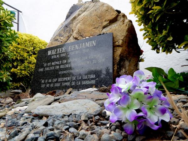 Walter Benjamin Memorial Friedhof Portbou Freibeuter Reisen