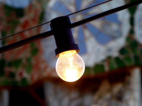 nachts dach casa batllo barcelona