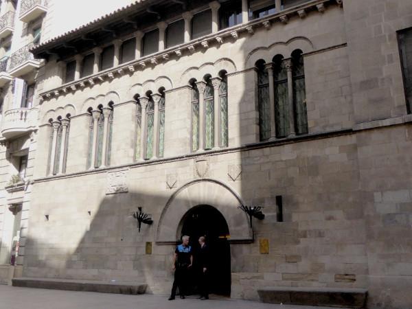 rathaus Lleida Freibeuter reisen