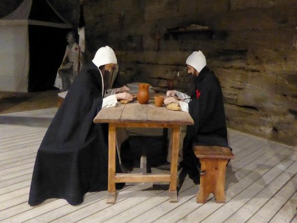 szene Burg der Tempelritter Gardeny Lleida Freibeuter Reisen