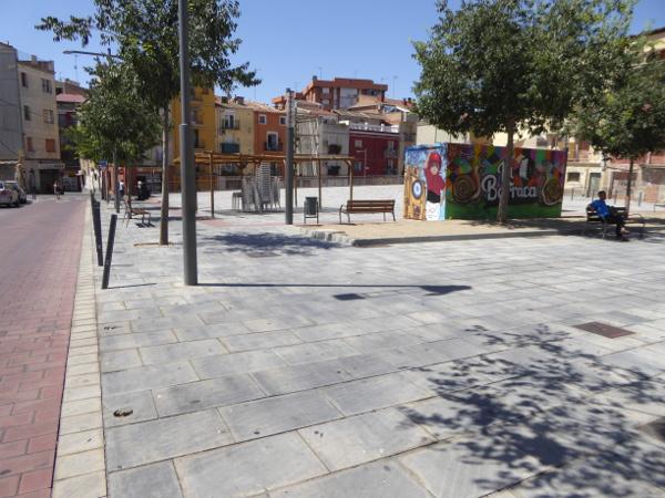 universitätsviertel lleida plaza deposito