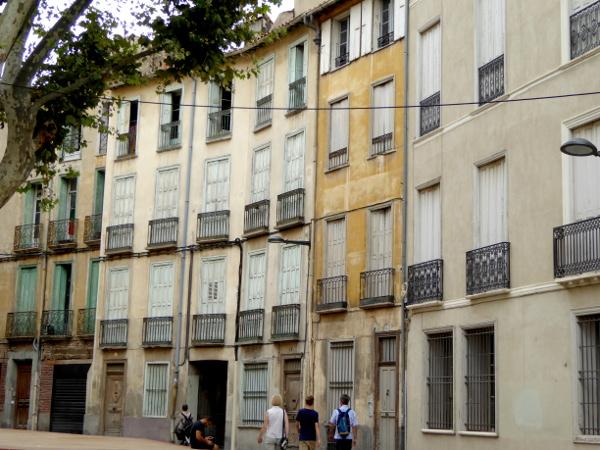 Häuser in der Altstadt Perpignan Freibeuter Reisen