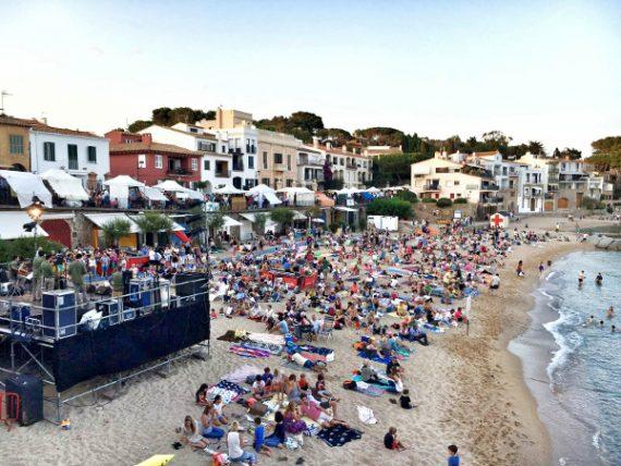 … und am Strand erklingen Havaneres 1