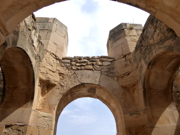 Kirche unvollendet Torrebesses Freibeuter Reisen