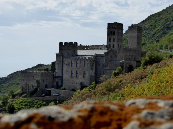 Kloster aussicht Sant Pere de Rodes Freibeuter reisen