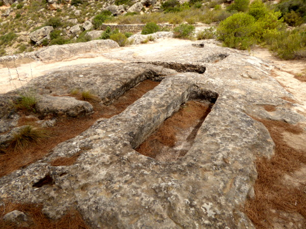 Nekropole el cogul gotische gräber visigodos Freibeuter Reisen Lleida.