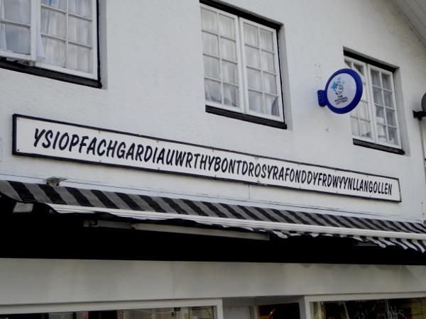 Wales Sprache walisisch llangollen Freibeuter reisen
