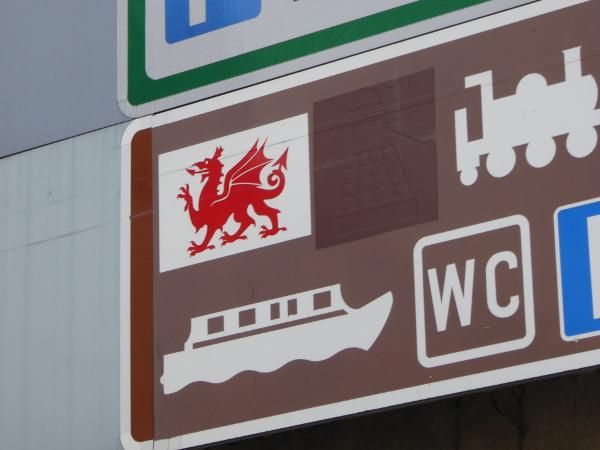Wales Land und Leute red dragon Drachen Freibeuter reisen