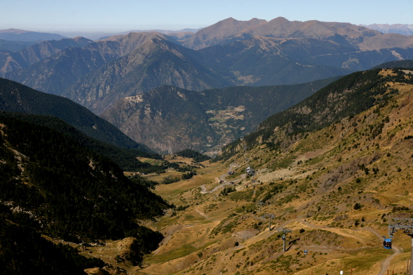 andorra-encamp-seilbahn-freibeuter-reisen-pyrenaeen