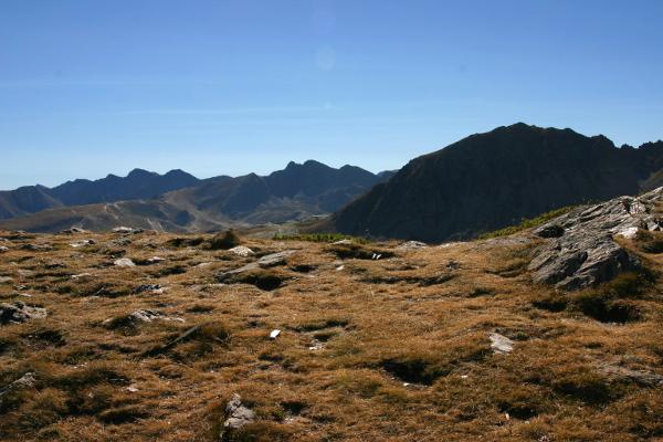andorra-pyrenaeen-gras-freibeuter-reisen
