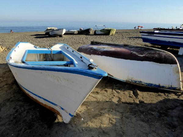 fischerboote-torre-del-mar-costa-del-sol Axarquía freibeuter-reisen