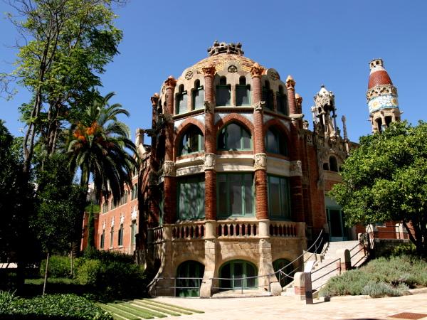hospital-sant-pau-santa-creu-barcelona-pavillon-freibeuter-reisen