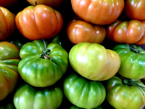 malaga-kochkurs-tomaten-gazpacho-markt-freibeuter-reisen