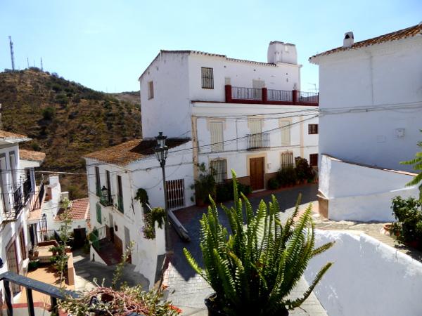 axarquia-almachar-rosinenmuseum-freibeuter-reisen-pueblos-blancos