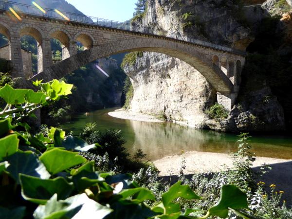 bruecke-tarn- Gorges du Tarn lozere-freibeuter-reisen