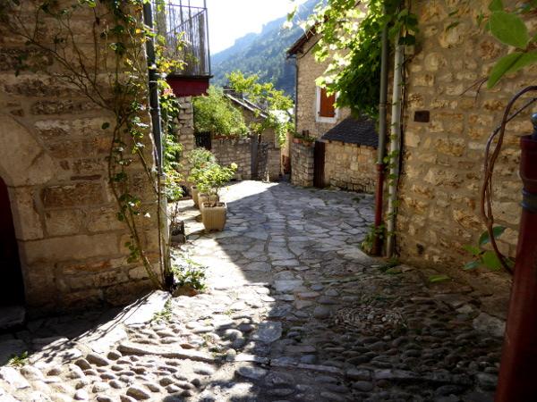 gorges-du-tarn-freibeuter-reisen-lozere-saint-enimie