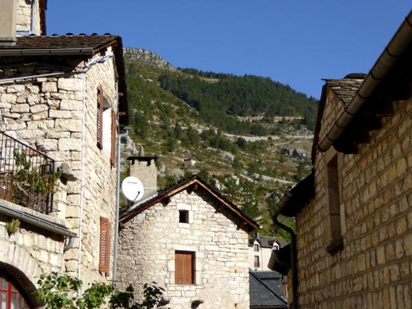 terrassen-st-enimie-les-gores-du-tarn-freibeuter-reisen