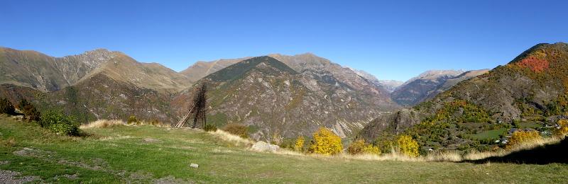 panorama-romanische-kirchen-vall-de-boi-freibeuter-reisen
