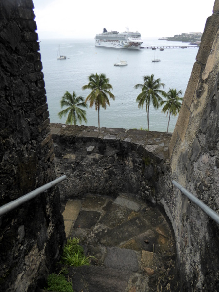 festung-hafen-fort-de-france-martinique-freibeuter-reisen